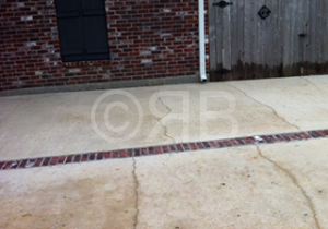 Concrete Cleaning in New Orleans, LA by R Brown Services.